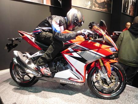 大阪モーターサイクルショー2017 034