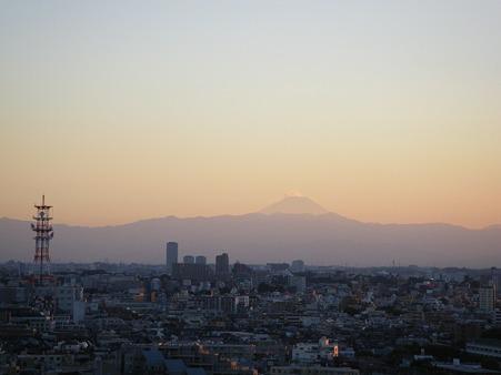 夏富士夕日に照らされて