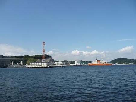 101008-よこすか軍港めぐり (17)