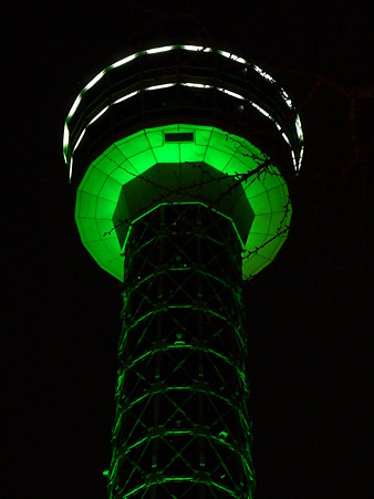 110115-マリンタワー 上り足元全景2 (61)