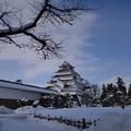 写真: 雪の鶴ヶ城