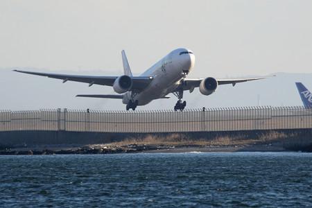 JAL B777-200 JA8984 -1