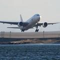 写真: JAL B777-200 JA8984 -1