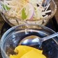 写真: サラダデザート付き