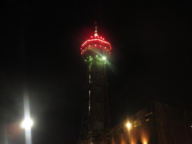 夜の博多港  3