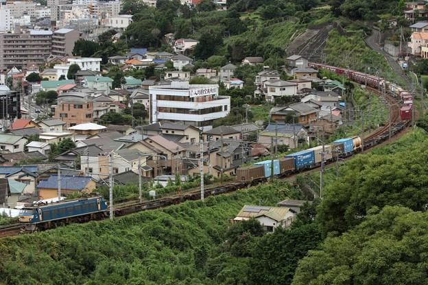 Photos: 1062レ(遅延) EF66 33+コキ