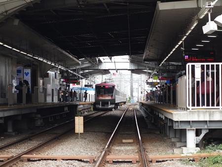 東急大井町線自由が丘駅 (目黒区自由が丘)