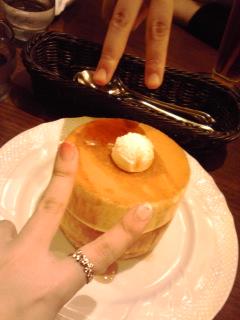 パンケーキうま~~~~(´∀`////)