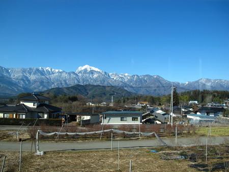 日野春駅過ぎたころの車窓