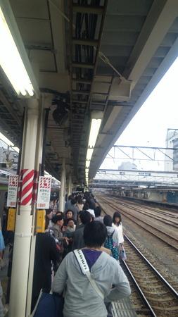 八王子駅なぅ すごい人