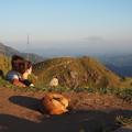 写真: 愛と孤独の風景 Lovely Couple on the Summit