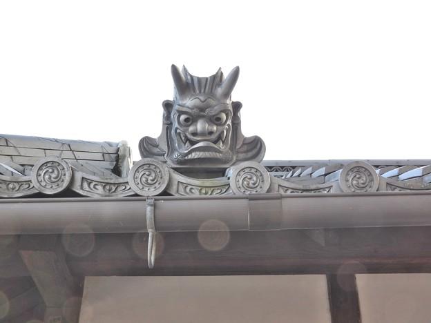 写真: 石山寺130 帰りの参道10 オーブ1