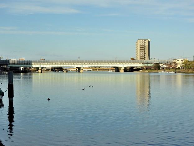 瀬田川11 橋の向こうに見えるは瀬田の唐橋