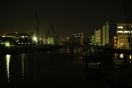 横浜/月と運河