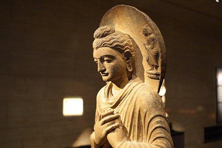 2011.02.06 東京国立博物館 如来坐像 パキスタン・ガンダーラ