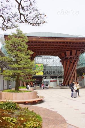 金沢駅・・