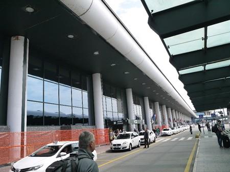 160518-06ミラノ空港