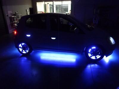 ヴィッツ 福島県 アンダーLED・ホイール内LED400