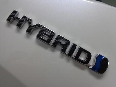 C−HR ハイブリッドエンブレムカーボンシート加工
