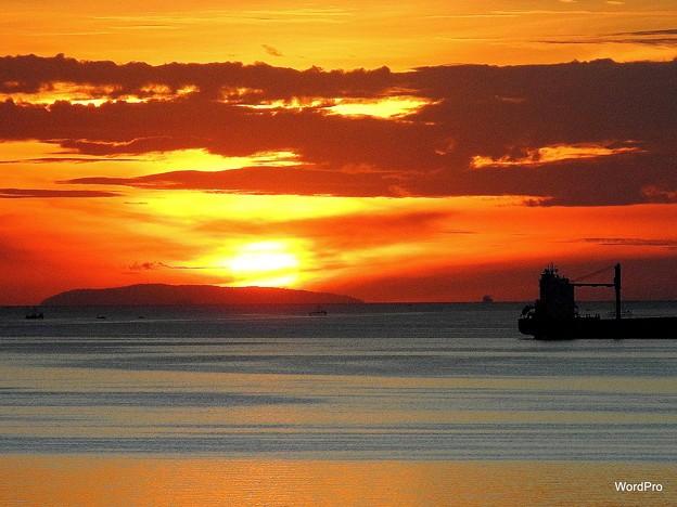 マニラ湾今日の夕陽、コレヒドール島