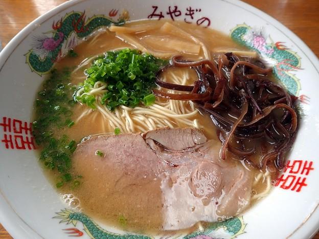 とんこつしょうゆ・白い麺@みやぎの・田村市