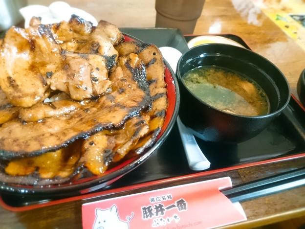 豚丼@ぶたいち
