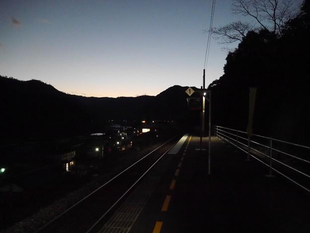 【夜鉄】夕闇のグラデーション 予土線・十川駅