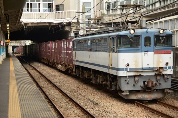 EF65赤プレート2089号機牽引高速貨物74レ府中本町通過