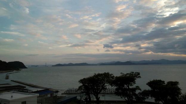 淡路島で鯛ご飯とお寿司とジェラート食べて大江のりと鶴来窯の焼き物...