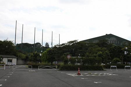 B駐車場から第2球場&室内練習場