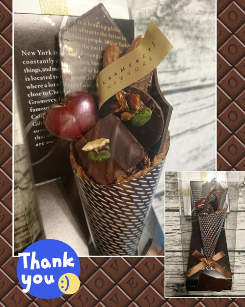 写真: チョコレートの花束