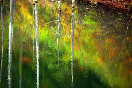 どこ撮っても水彩画の湖面