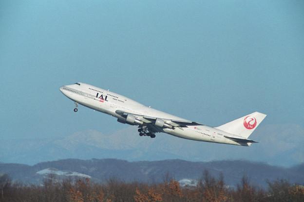 B747-346SR JA8187 JAL CTS Rwy01 takeoff