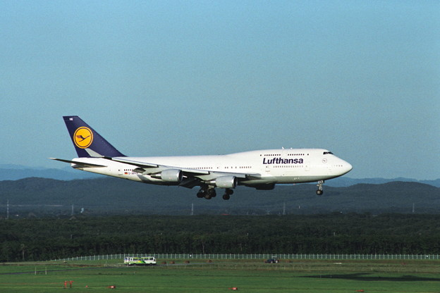 B747-430 D-ABVN Lufthansa CTS 1992sep