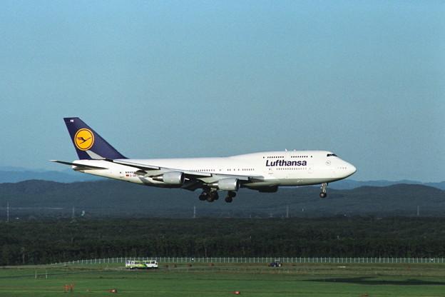 B747-430 D-ABVN Lufthansa CTS 1992.09 (1)