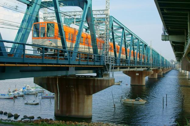 Photos: 阪神電車@淀川