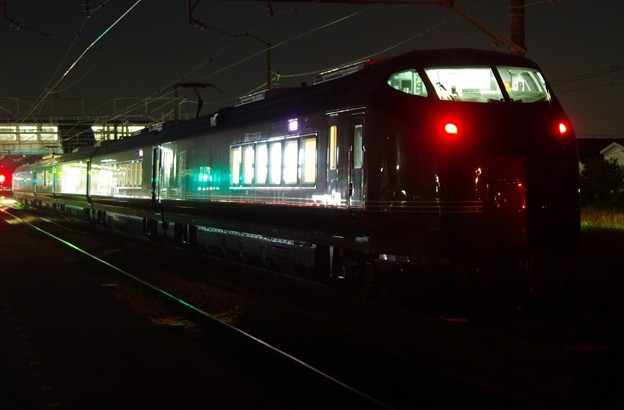 """E655系""""和(なごみ)"""" ※TR車(E655-1)込み 酒田運輸区ハンドル訓練返却回送(後追い)"""