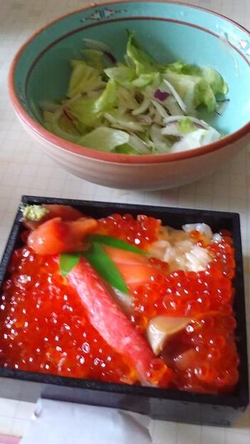 東武の北海道展で1080円の弁当、いただきます