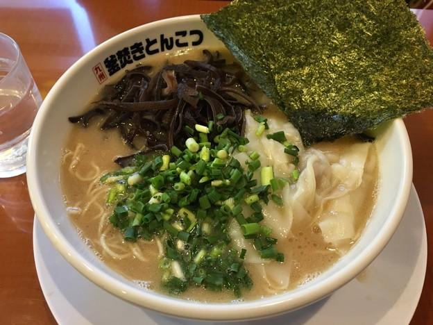 神奈川県川崎市/ガッキ/ワンタン麺