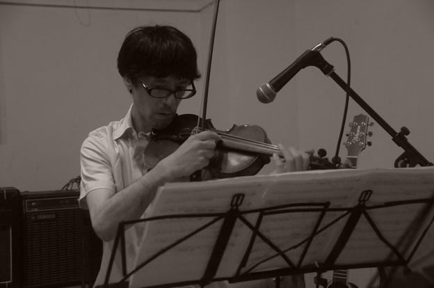 ヴァイオリンの人