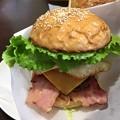 写真: ハンバーガー