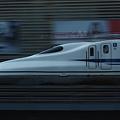 写真: 東海道新幹線 N700系