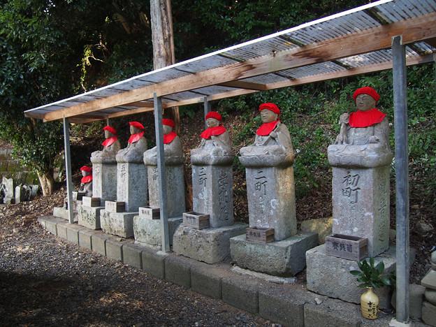 建穂寺、旧観音堂参道の丁石