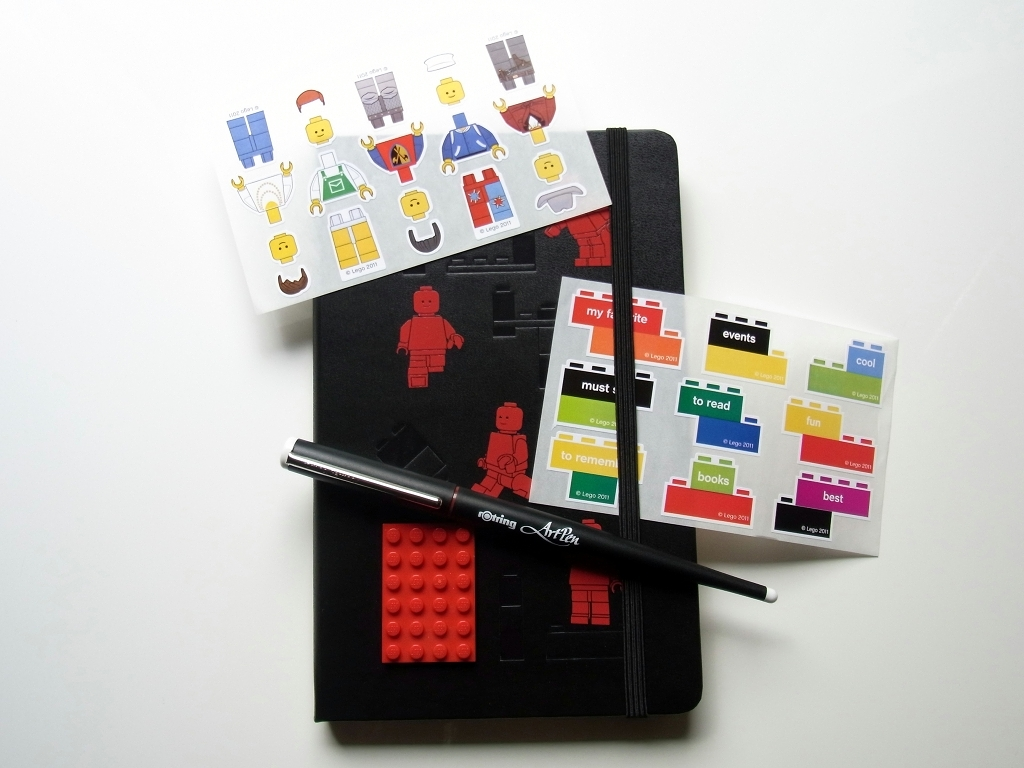MOLESKINE 2012 Limited LEGO Notebook Plain Large