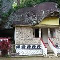 Photos: 洞窟に作られた仏教寺です
