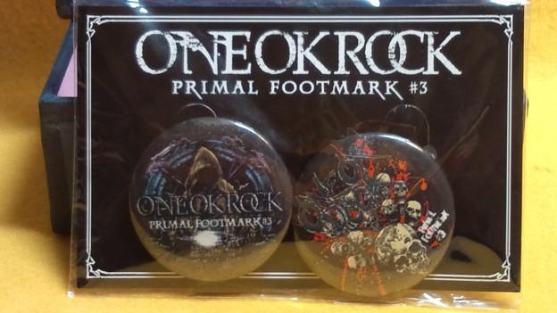 Photos: ONE OKROCK カン バッジ 現品のみ
