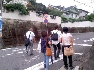 ポスティング部隊(7月7日、七里ガ浜)
