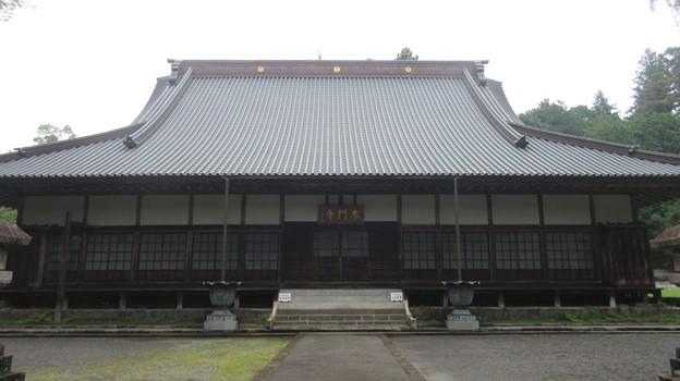Photos: 西山本門寺(富士宮市)本堂
