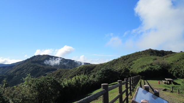 箱根芦ノ湖展望公園(御殿場市)湖尻峠・三国山