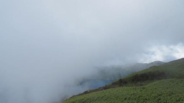 箱根元宮・箱根駒ヶ岳(足柄下郡)雲に覆われ視界を失う……